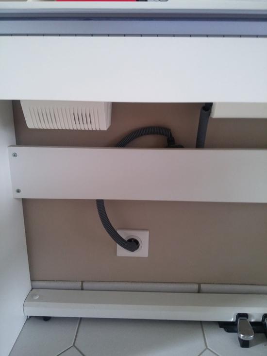 Comment cacher fils derriere meuble tv cacher les fils - Comment cacher fils derriere meuble tv ...